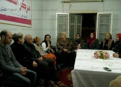 """""""قومي المرأة"""" في بني سويف يزور الأسر القادمة من العريش"""