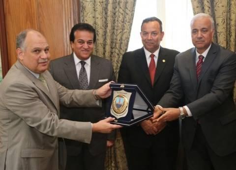 توقيع اتفاقية تعاون بين جامعات الإسكندرية والمنوفية والمصرية