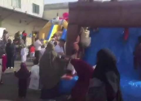 """بالفيديو  مصريون يحتفلون بـ""""عيد الفطر"""" في شوارع فرنسا"""