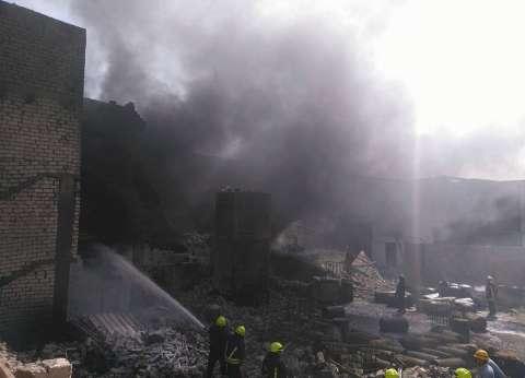 بالصور| الحماية المدنية تسيطر على حريق مصنع بتروكيماويات بالإسكندرية