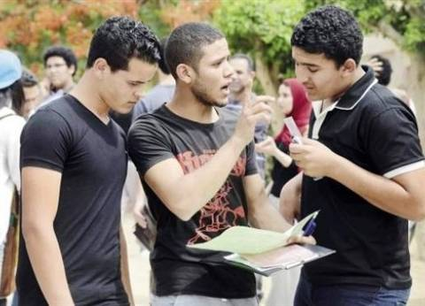 """أحد أوائل الثانوية: """"كنت بذاكر في الشارع"""".. وأبحث عن منحة خارج مصر"""