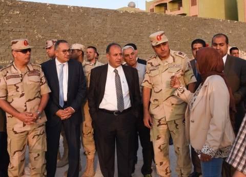 محافظ الإسكندرية يتفقد مساكن الكيلو 38 بطريق الساحل الشمالي