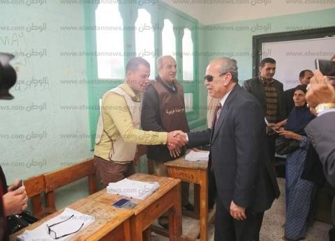 صور| محافظ كفر الشيخ يتفقد لجان سيدي سالم ويحث المواطنين على المشاركة