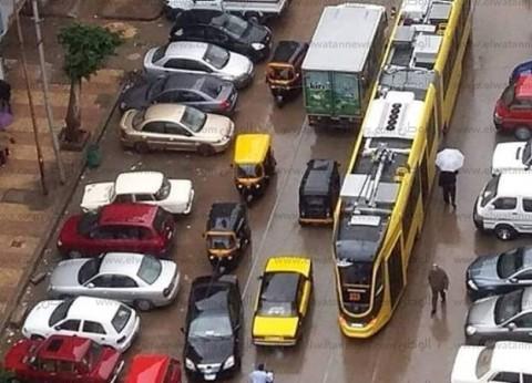 """""""النقل العام"""": تجربة الترام المكيف بخط """"النزهة-محرم بك"""" وسط الإسكندرية"""