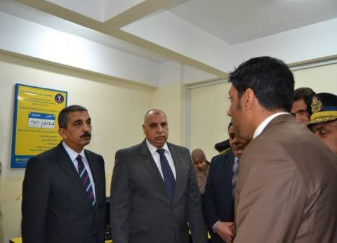 """مساعد وزير الداخلية يفتتح خدمة """"فوري"""" بإدارة مرور السويس"""