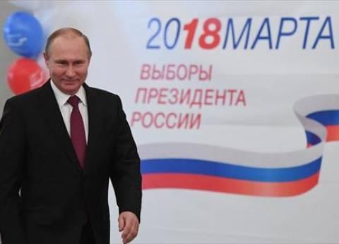 """رسائل عسكرية من روسيا تبرر عدم صد موسكو لـ""""الضربات الغربية"""" على سوريا"""