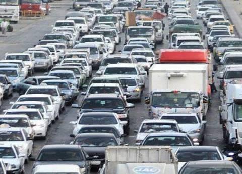 تكدس مروري أعلى الطريق الدائري اتجاه ميدان لبنان بسبب حادث تصادم