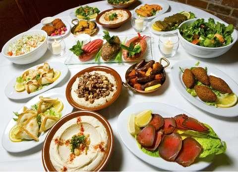 دليلك لأبرز 5 مطاعم تقدم أكلات لبنانية خلال شهر رمضان