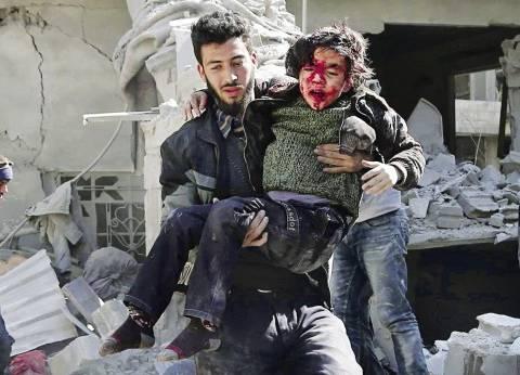 """تزامنا مع قرار """"الهدنة السورية"""".. قصف عنيف على الغوطة الشرقية"""