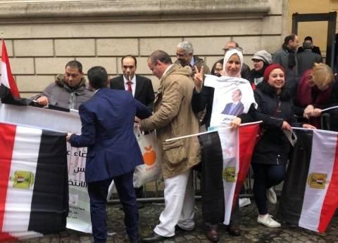 برلماني: المصريون شاركوا بكثافة في انتخابات الخارج رغم الجو السيء
