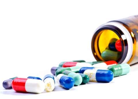 """""""تجارة الوجع"""".. هل تخترع شركات الأدوية الأمراض لتجنى المليارات؟"""
