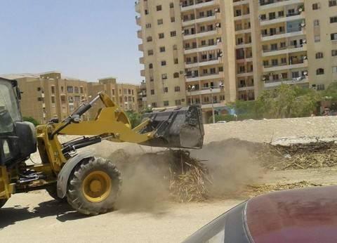 محافظ سوهاج: رفع 17 طن قمامة ومخلفات بحي غرب