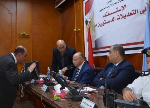 محافظ القاهرة: لجان الاستفتاء تعمل دون معوقات لليوم الثاني
