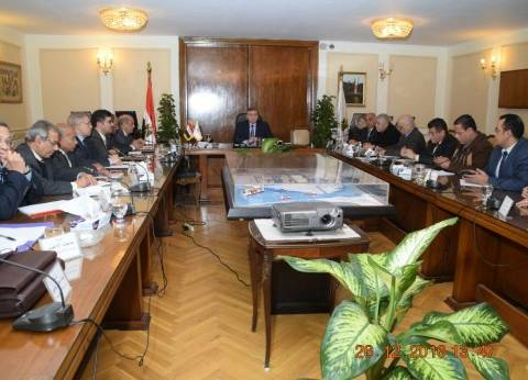 وزير التموين: تنفيذ تكليفات الرئيس بتوفير رصيد استراتيجي من السلع الغذائية يكفي احتياجات المواطنين