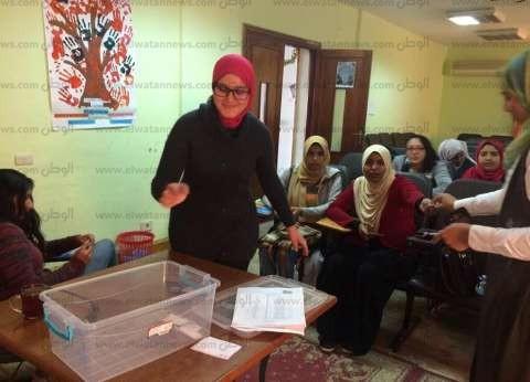 بالصور| إقبال ملحوظ على انتخابات اتحادات طلاب جامعة مطروح
