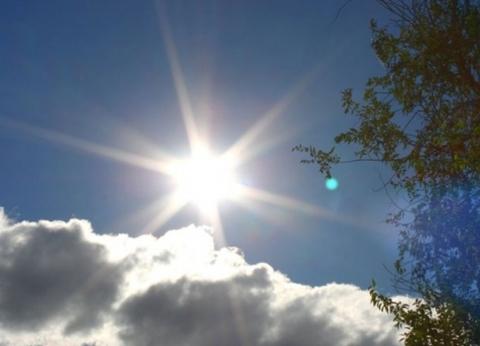 """تصل لـ36.. """"الأرصاد"""": ارتفاع مؤقت في درجات الحرارة اليوم وغدا"""
