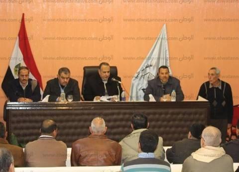 بالصور| رئيس مدينة دسوق يناقش شكاوى الأهالي ويوجه بحلها
