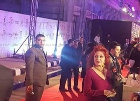 وصول نبيلة عبيد وأحمد بدير وفتوح أحمد إلى حفل مدينة الإنتاج الإعلامي