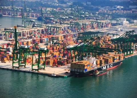السيسي يزور ميناء سنغافورة للاطلاع على طبيعة العمل به