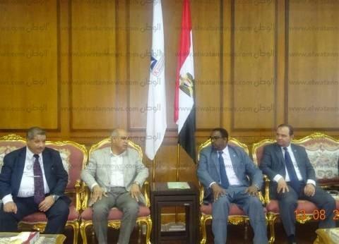 """جامعة كفر الشيخ تبحث سبل التعاون مع ممثل منظمة """"الفاو"""""""
