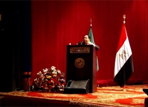 بالفيديو|محمد معيط: أصبحت وزيرا للمالية وأبويا كان خفيرا
