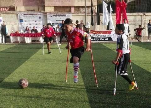 صور  «فريق المعجزات» أبطال كرة قدم بساق واحدة: «نفسنا نبقى فريق رسمي»