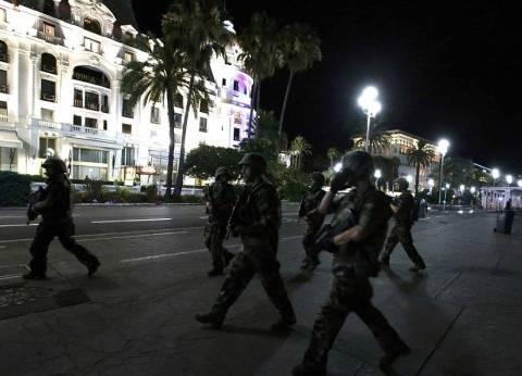 """أول فيديو لهجوم """"الشانزليزيه"""" وسط باريس"""
