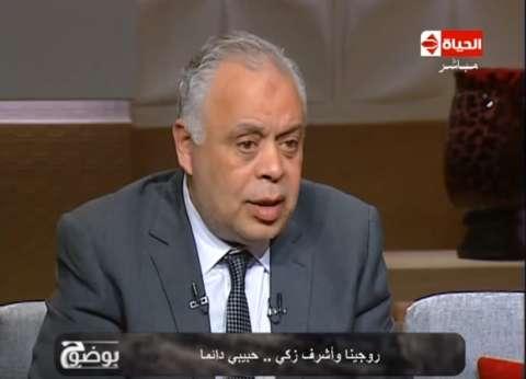 أشرف زكي يكشف وصية هياتم.. وسر عزوف الفنانين عن جنازة محمد شرف