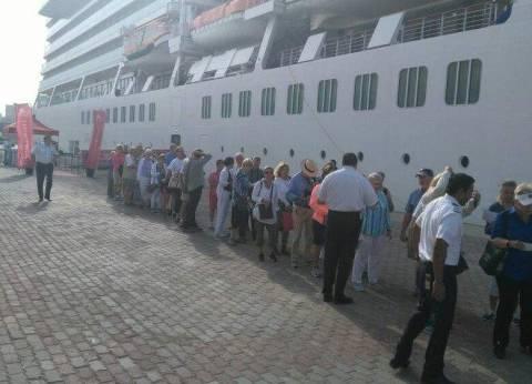 وصول 250 ألف طن غلال ومواد بترولية وفحم إلى ميناء الإسكندرية