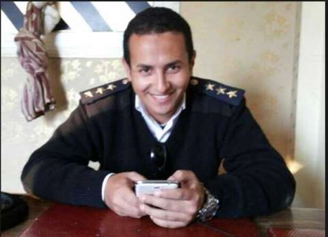 """والدة الشهيد محمد وهبة للمصريين: """"اللي منزلش ينتخب بيفرط في دم ولادنا"""""""