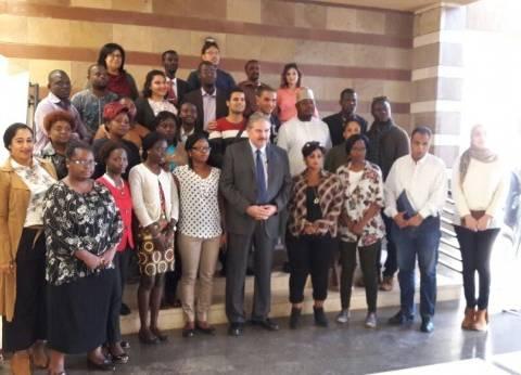 الجامعة الأمريكية تستقبل وفد الصحفيين الأفارقة في دورة الإعلام