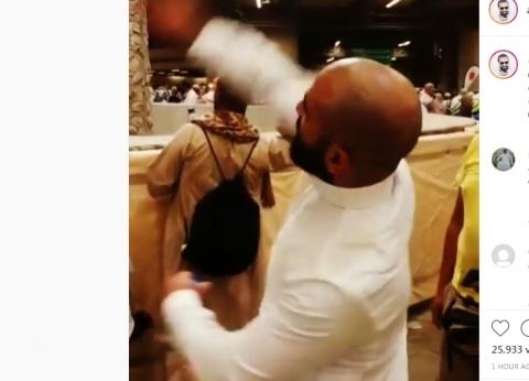 """أحمد سعد ينشر فيديو أثناء رمي الجمرات: """"الشيطان هيزعل.. مبقتش محتاجله"""""""