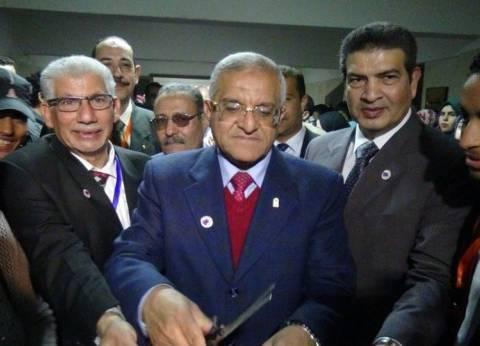 رئيس جامعة المنيا يفتتح مهرجان الأنشطة الطلابية الأول بكلية طب الأسنان