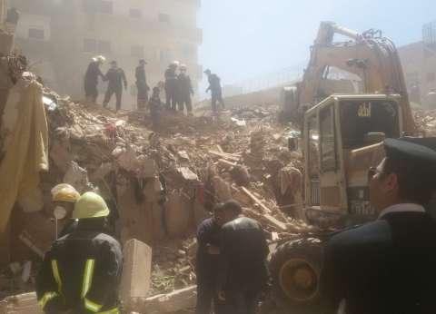 استكمال أعمال رفع أنقاض عقار مصطفى كامل شرق الإسكندرية