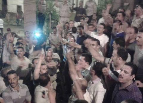 بالصور| أفراد الشرطة يواصلون اعتصامهم بالشرقية