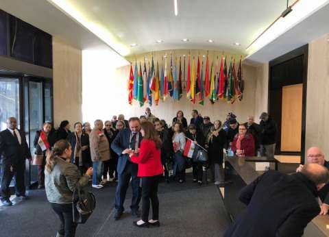 بالفيديو| المصريون يتوافدون على القنصلية العامة في نيويورك للتصويت
