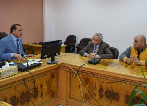 رئيس جامعة سوهاج يلتقي ممثلي مصلحة الضرائب بالمحافظة