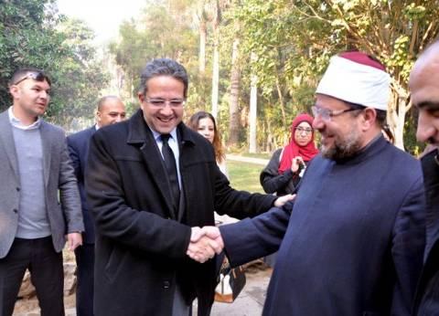 """وزير الأوقاف يتفقد قصر """"محمد علي"""": آثارنا تعكس عظمة الحضارة المصرية"""