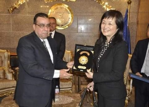 رئيس جامعة القناة لقنصل الصين: «كونفوشيوس» يساهم في تعزيز التعليم