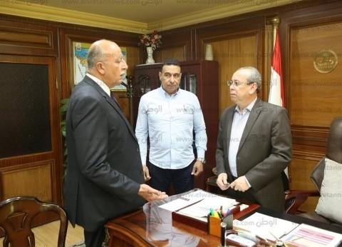 محافظ كفر الشيخ يأمر بمصادرة المعدات المستخدمة في البناء المخالف