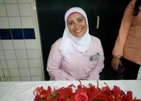 ممرضات يتحدثن عن مهنتهن: «عطاء بلا حدود.. والمقابل المادى محدود»