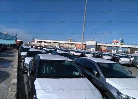 ارتباك بسوق السيارات.. تجار يلجأون إلى حرق الأسعار ومعارض مهددة بالغلق