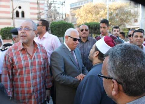 محافظ بورسعيد يستقبل الموكب الاحتفالي بمناسبة شهر رمضان