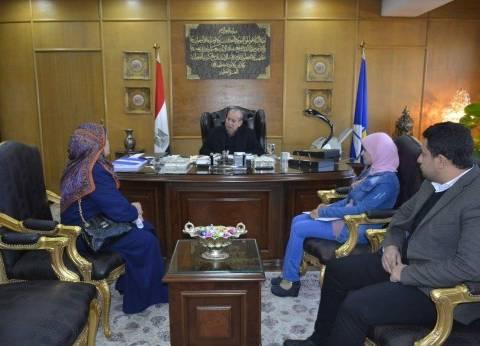 محافظ دمياط يبحث تطوير مدينة رأس البر استعداد لصيف 2018