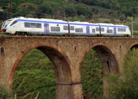 """رحلة على """"سكة الأحلام"""" في قطارات البوسنة"""