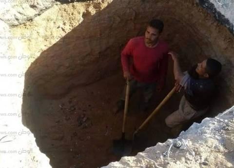بالصور| بدء أعمال تجديد شبكة الصرف الصحي في خليج نعمة