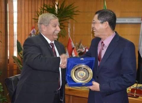 محافظ الإسماعيلية: زيارة سفير فيتنام جزء من تكوين علاقات بين دولتين