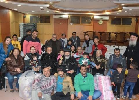 مطران بورسعيد يلتقي أقباط العريش لتهنئتهم بعيد الميلاد