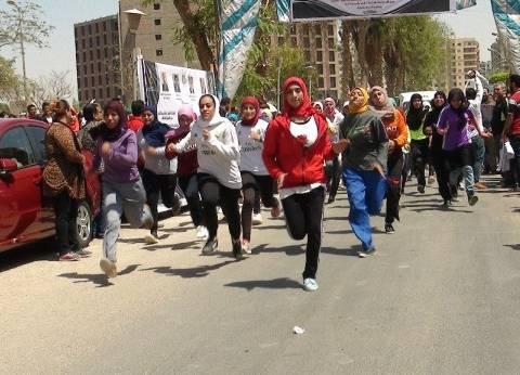 رئيس جامعة المنيا يفتتح المهرجان الرياضي الأول للجامعات