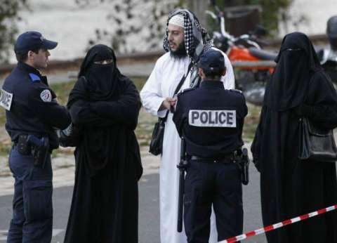 """الشرطة الفرنسية تصدر مذكرة بحق عبدالسلام المشتبه في مشاركته بـ""""هجمات باريس"""""""